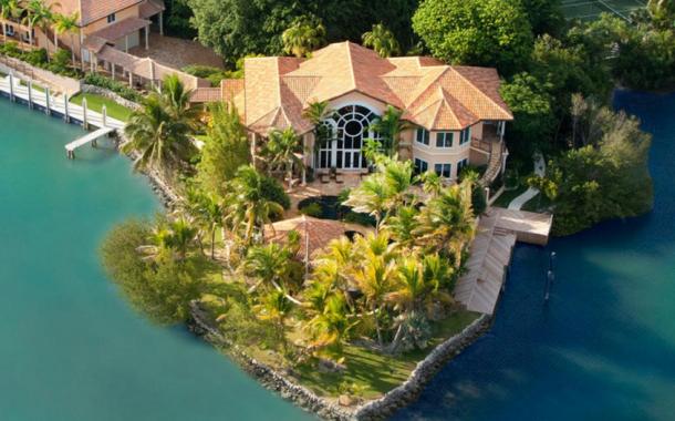 $12.9 Million Waterfront Estate In Marathon, FL