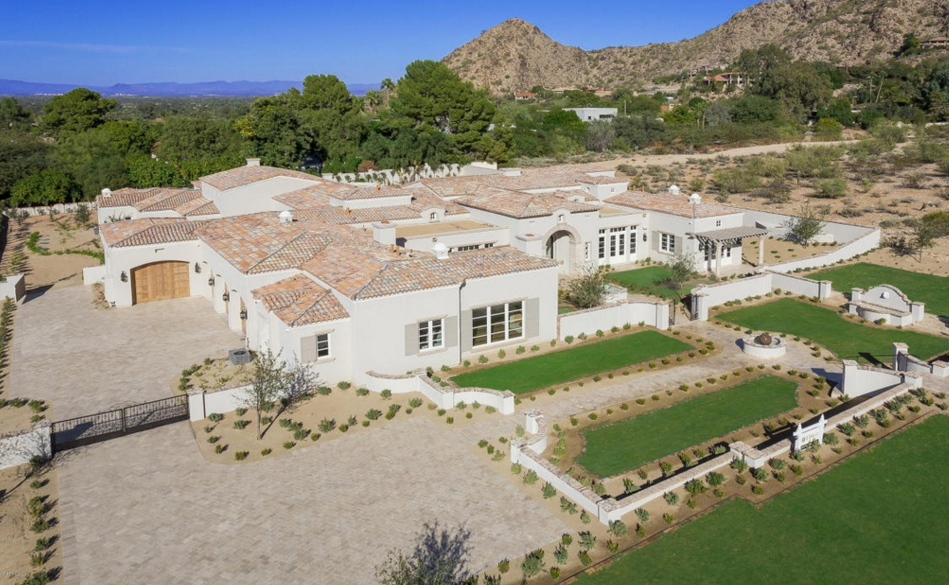 4 395 Million Newly Built Mansion In Paradise Valley Az