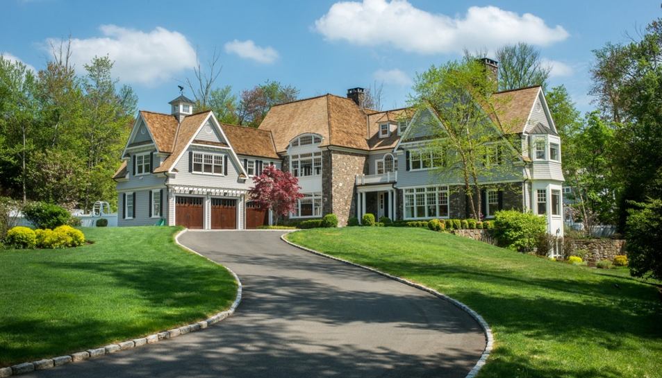 $3.995 Million Shingle & Stone Home In New Canaan, CT
