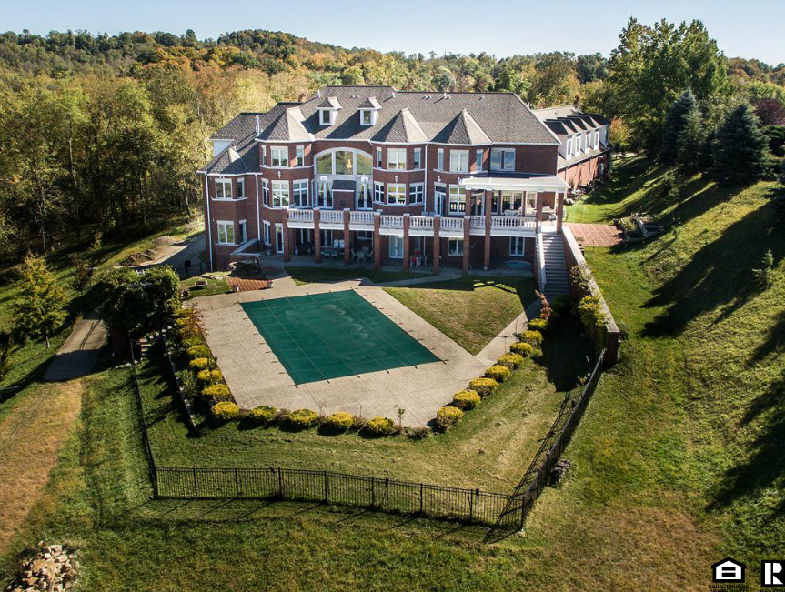 3 8 Million Brick Mansion In Wheeling Wv Homes Of The Rich