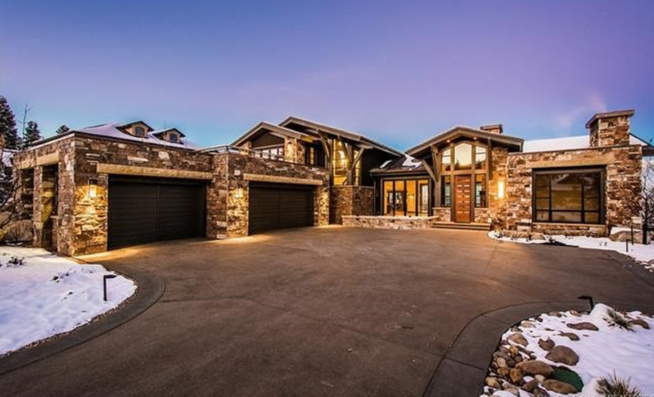 Million newly built mountaintop stone mansion in for Homebuilders utah