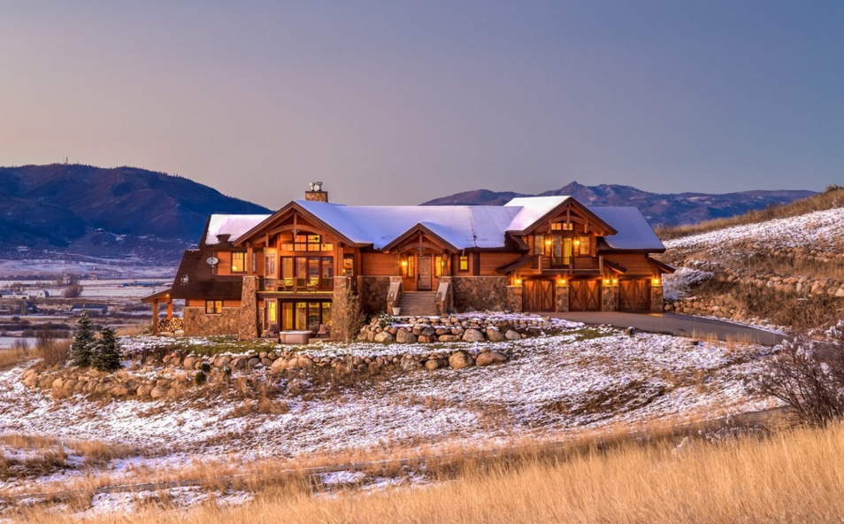 $2.499 Million Wood & Stone Home In Steamboat Springs, CO