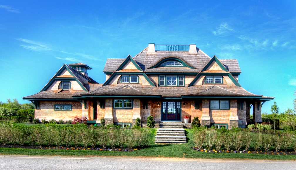 $4.395 Million Newly Built Shingle Home In Portsmouth, RI