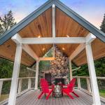 Deck w/ Fireplace