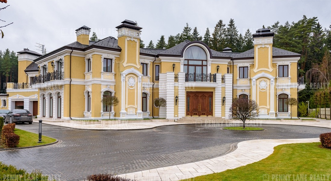 29 000 Square Foot Mega Mansion In Russia Homes Of The Rich