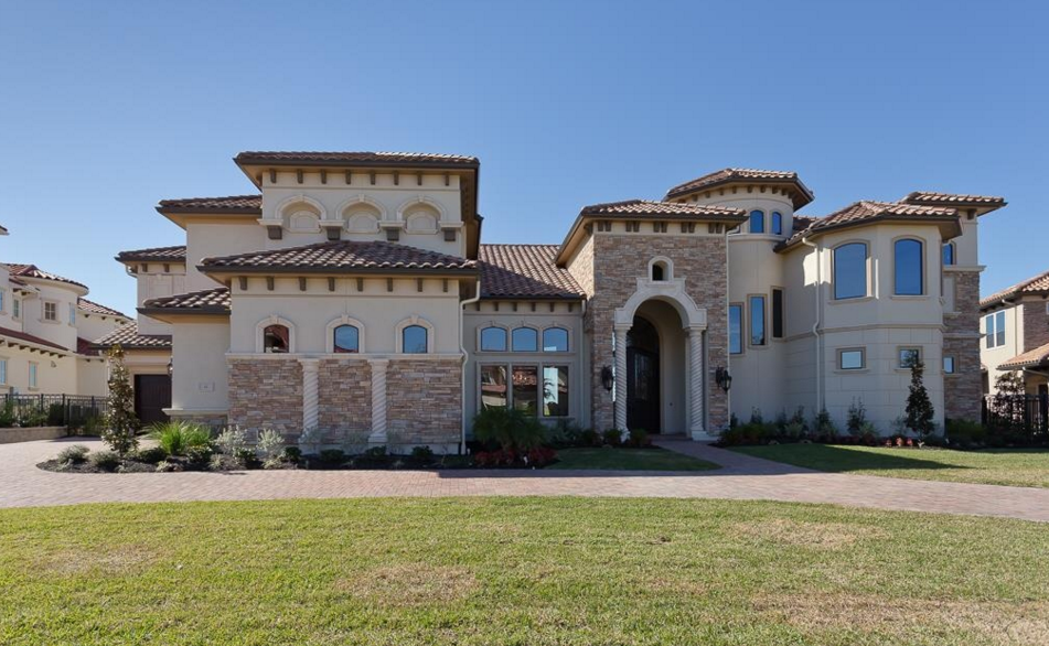 $4.5 Million Newly Built Lakefront Mansion In Sugar Land, TX
