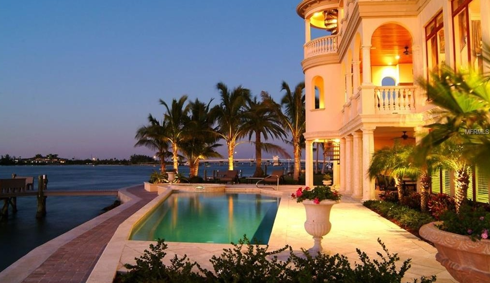 14 000 Square Foot Waterfront Mansion In Sarasota Fl