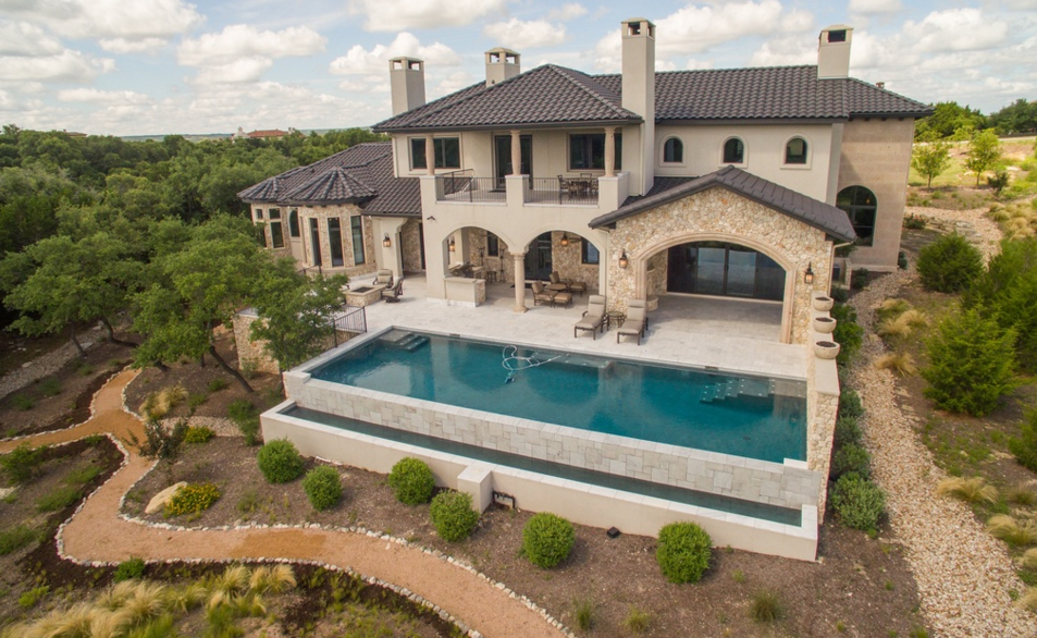 $3.3 Million Country Club Home In Austin, TX