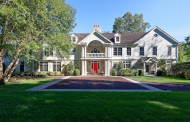 $4.8 Million Lakefront Colonial Home In Greenwich, CT