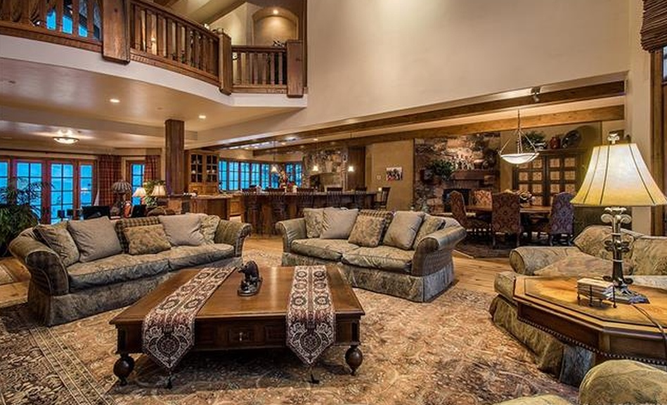 9 4 Million Wood Amp Stone Mountaintop Mansion In Park City