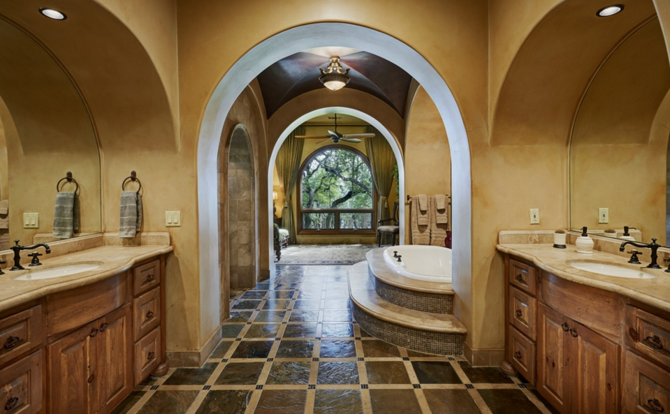 Casa las nuves a 2 3 million spanish style mansion in for Spanish style master bathrooms