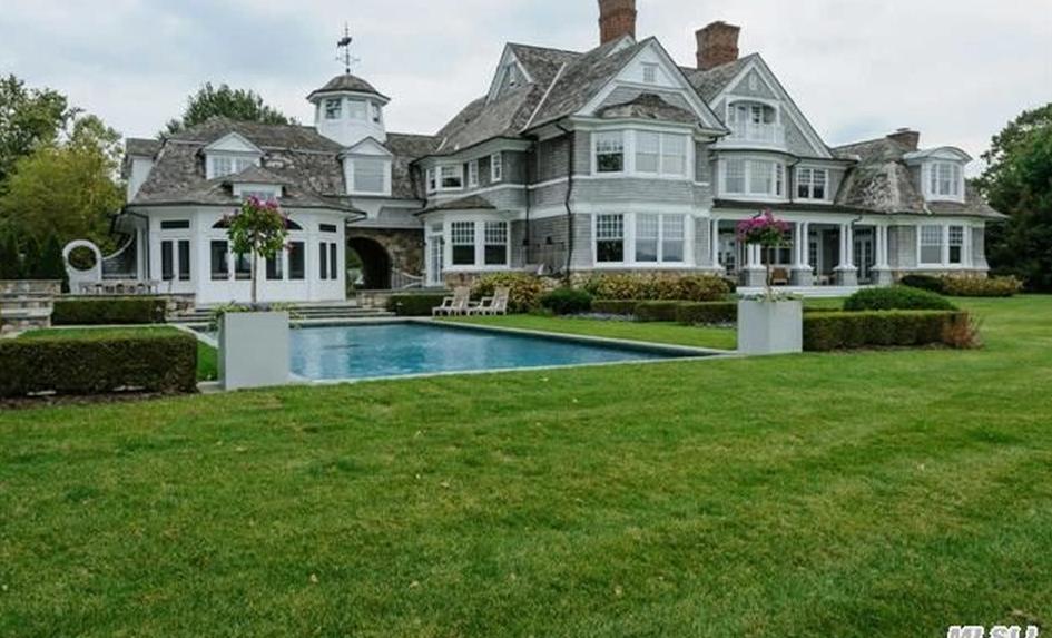 $14.9 Million Waterfront Shingle Mansion In Port Washington, NY
