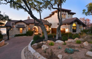 $3.295 Million Stone & Stucco Waterfront Home In Austin, TX