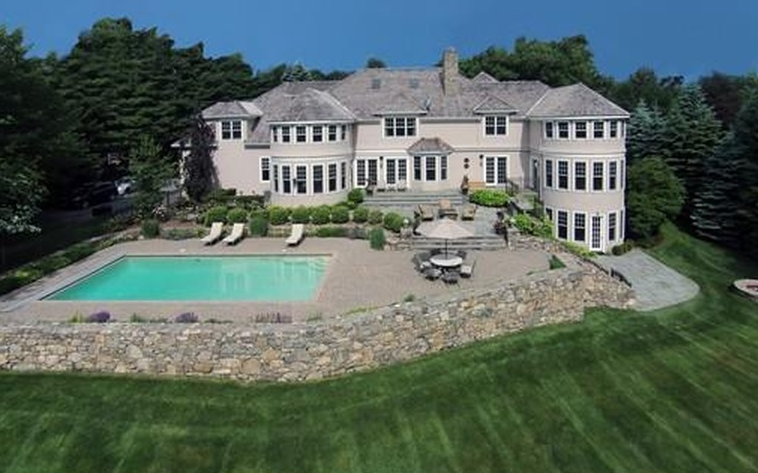 $4.989 Million Shingle Mansion In Weston, MA