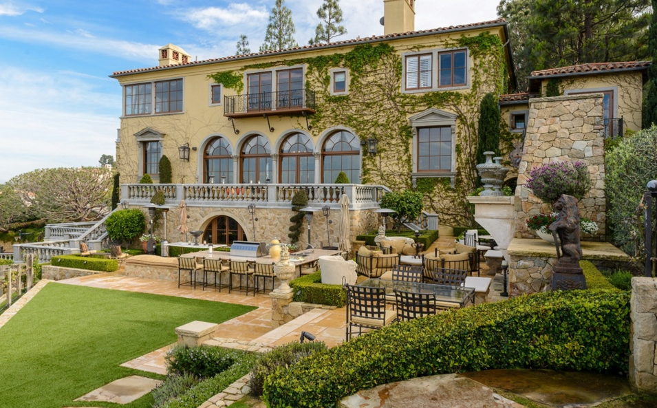 Stunning Italian Inspired Mansion In Palos Verdes Estates