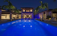 $7.575 Million Contemporary Lakefront Mansion In Naples, FL