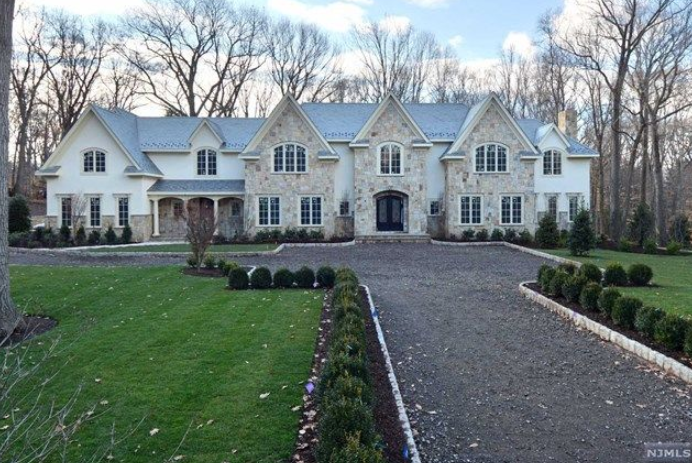 Updated Exterior Pics Of A 13,500 Square Foot Newly Built Mansion In Saddle River, NJ