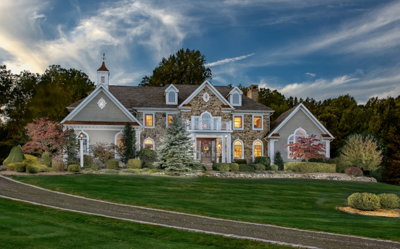 Colonial Home In Lebanon, NJ For Just $1.25 Million