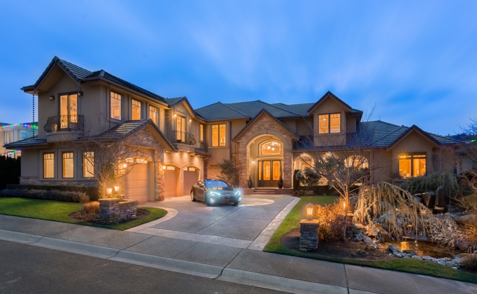 $2.95 Million Country Club Mansion In Newcastle, WA