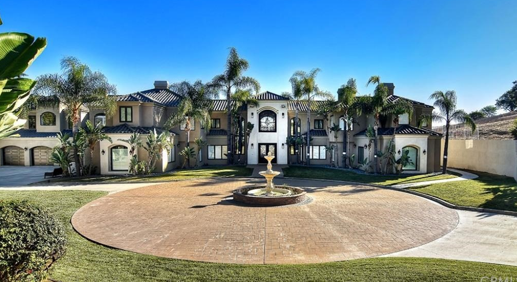 4 5 Million Mansion In Anaheim Ca Homes Of The Rich