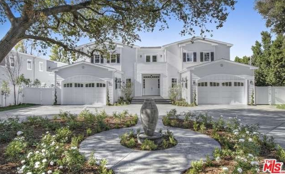 11,000 Square Foot Newly Built Hamptons Style Mansion In Encino, CA