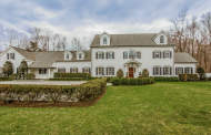 $4.495 Million Colonial Home In Greenwich, CT