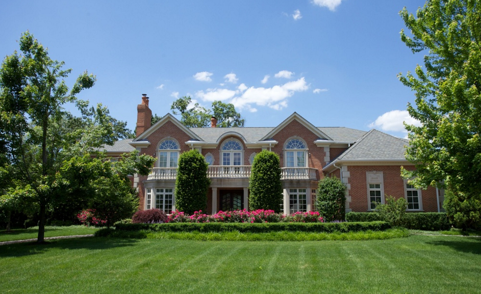 $3.85 Million Brick Colonial Mansion In Cresskill, NJ
