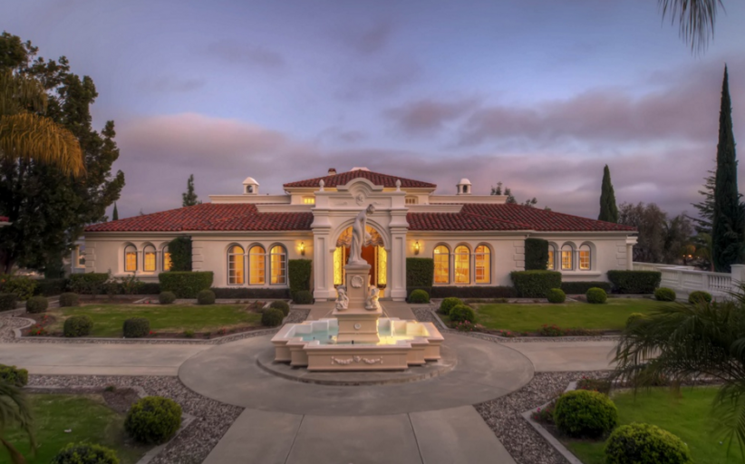 $2.275 Million Mediterranean Estate In Fallbrook, CA