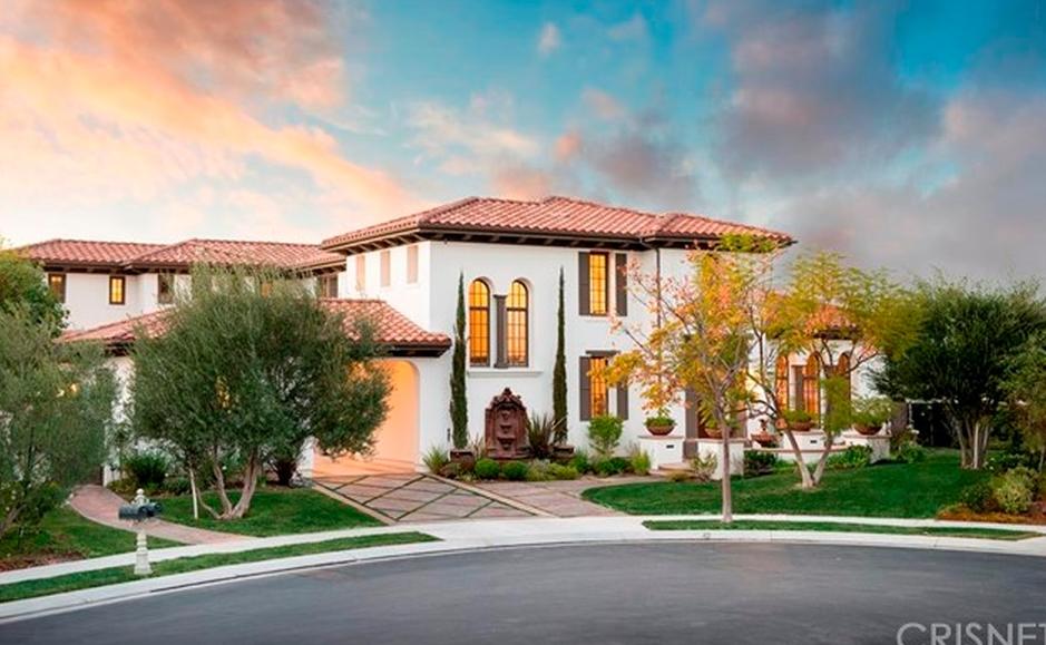 $3.699 Million Mediterranean Home In Calabasas, CA