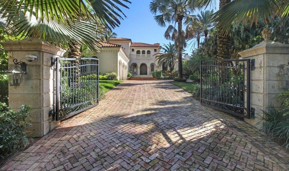 $11.495 Million Mediterranean Oceanfront Mansion In Delray Beach, FL