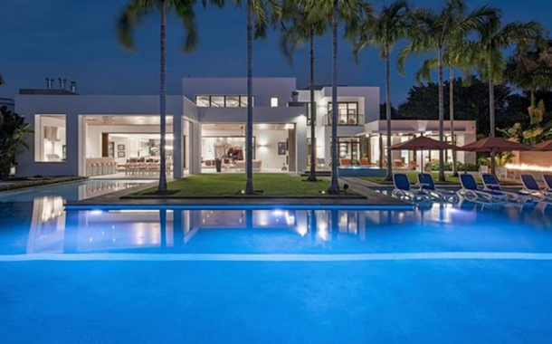 $24.9 Million Newly Built Contemporary Waterfront Mansion In Naples, FL