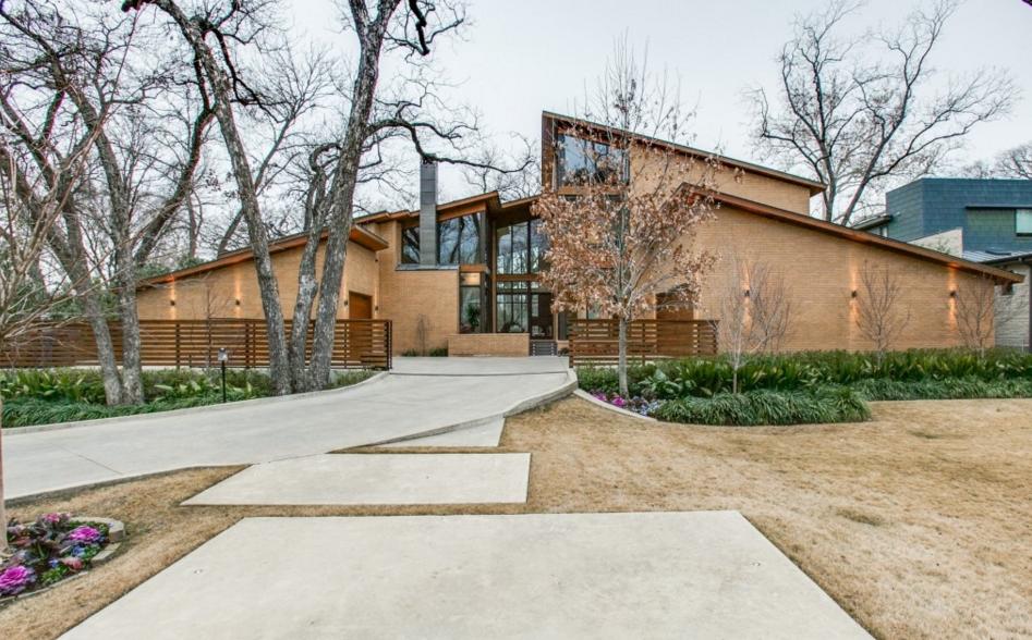 $3.699 Million Contemporary Brick Home In Dallas, TX