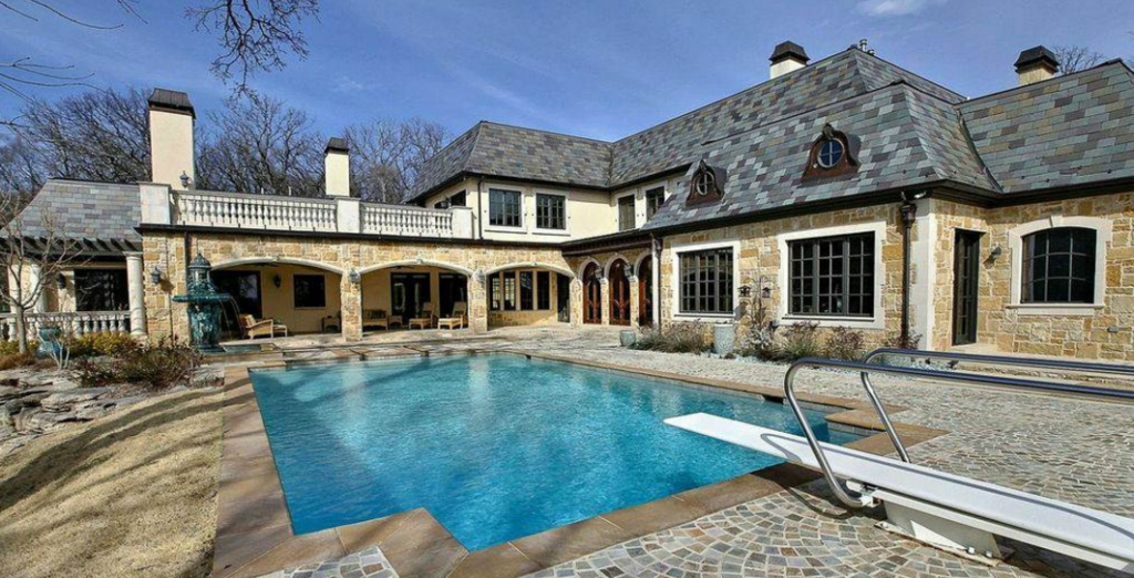 11 000 Square Foot Stone Mansion In Tulsa Ok Homes Of