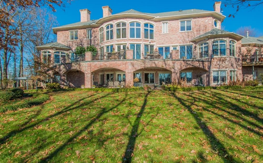Celebrity home floor plans