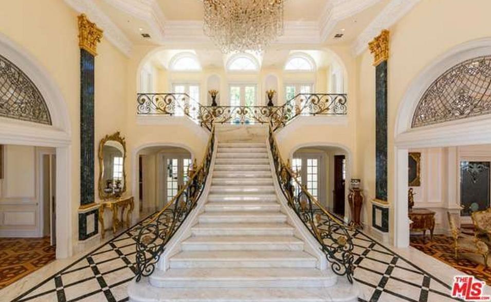 $14.998 Million European Inspired Mansion In Beverly Hills, CA