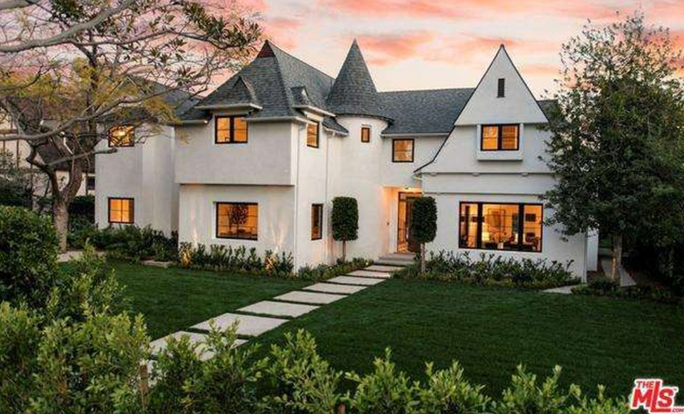 $11.995 Million English Tudor Home In Santa Monica CA | Homes of the Rich & $11.995 Million English Tudor Home In Santa Monica CA | Homes of ...