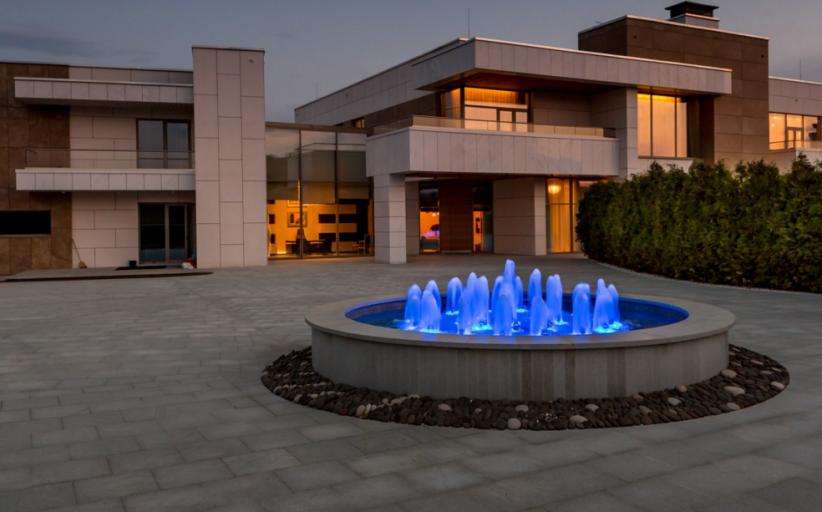 $20 Million Contemporary Mansion In Russia