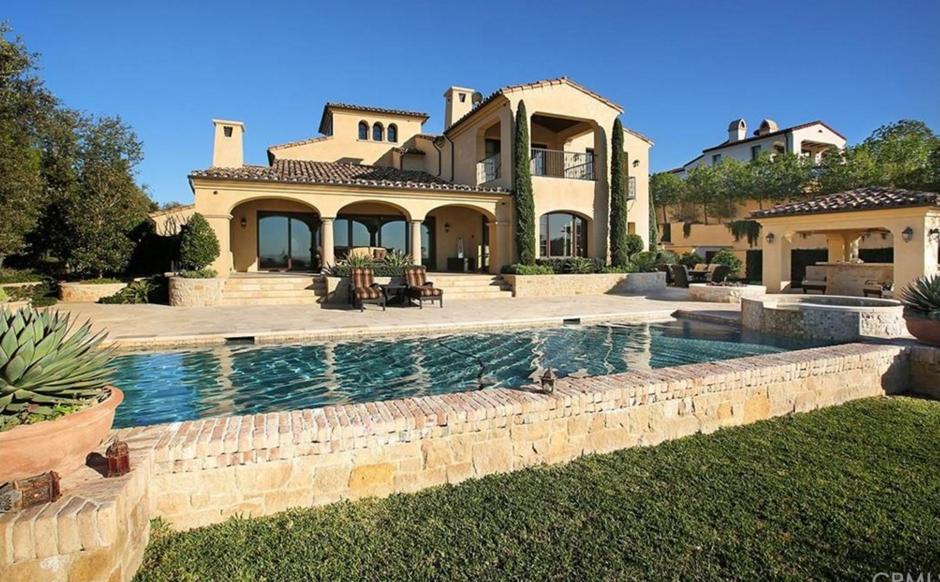 $8.6 Million Mediterranean Mansion In Irvine, CA