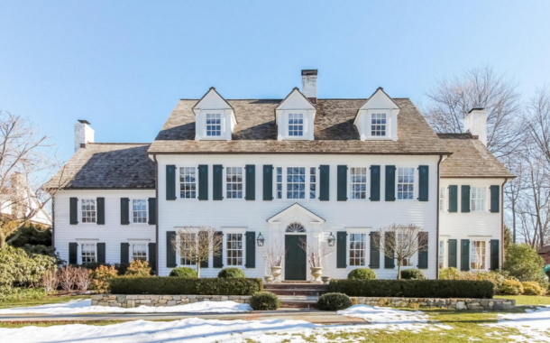 $4.895 Million Historic Colonial Home In Darien, CT