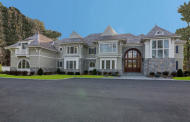 $5.595 Million Newly Built Mansion In Laurel Hollow, NY