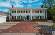 $2.4 Million Charming Colonial Home In Westlake Village, CA