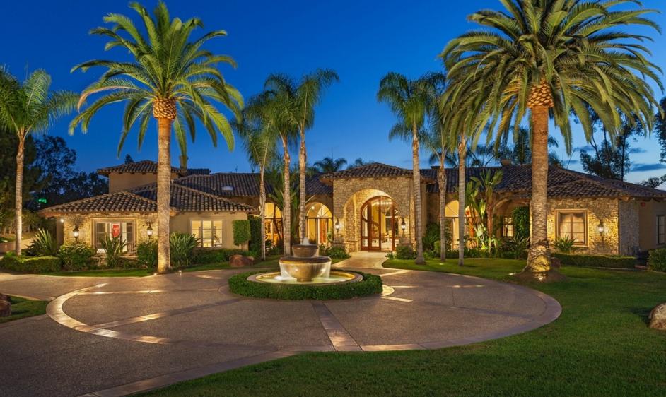 $4.895 Million Mediterranean Mansion In Rancho Santa Fe, CA