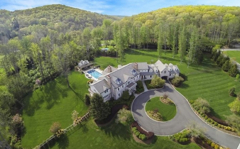 $2.625 Million Colonial Home In Far Hills, NJ