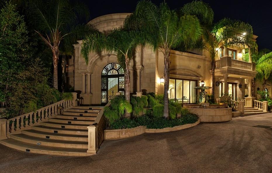 $16.995 Million Mansion In Beverly Hills, CA