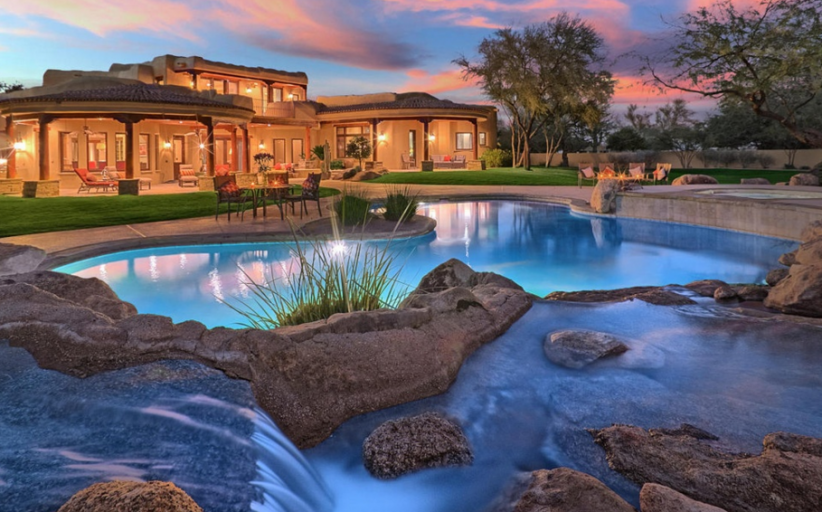 $2.9 Million Home In Paradise Valley, AZ