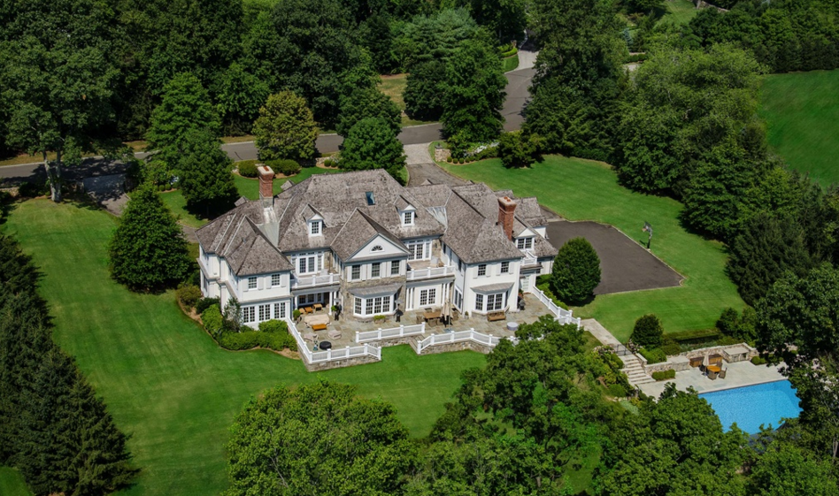 12 000 Square Foot Georgian Colonial Mansion In Greenwich