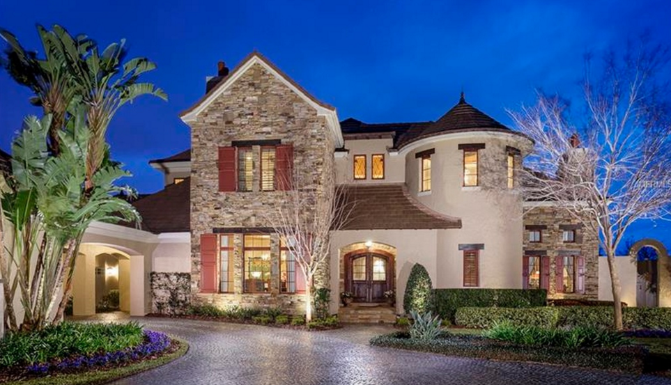 $3.45 Million Lakefront Home In Windermere, FL