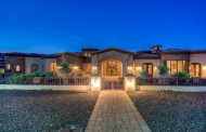 $3.395 Million Stone & Stucco Mansion In Paradise Valley, AZ