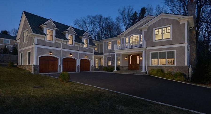 $3.65 Million Shingle & Stone Home In Irvington, NY