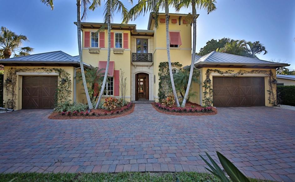 $3.295 Million Home In Naples, FL